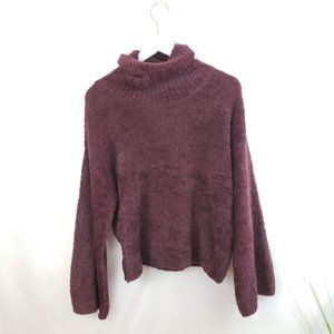 ♦️5/$20 Maroon Fuzzy Cropped Bell Sleeve Sweater L